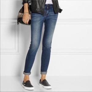 Shoes - 5⭐️Steve Madden New black perforated city slip on